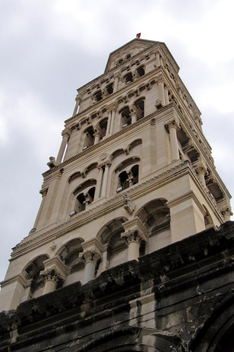 09 Katedrala