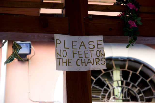 No feet on chairs