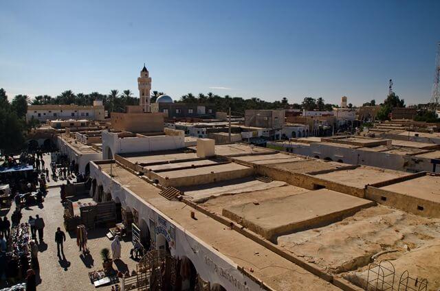 Mošeja v Douzu
