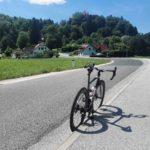 Spet na slovenskih cestah cyclinglife cyclingshots specializedvengevias mirnacastle