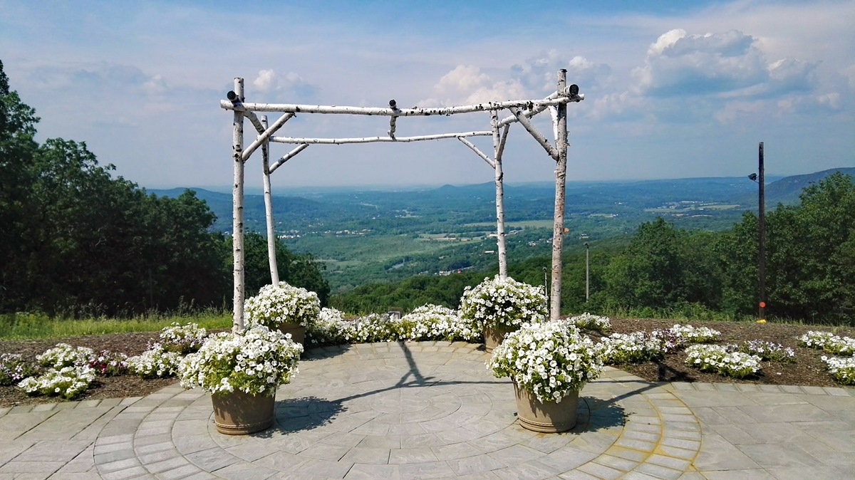 Poročni slavolok