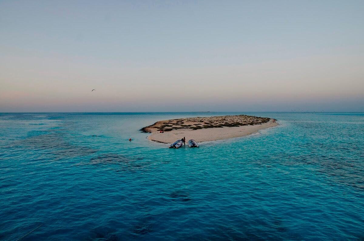 Večer na samotnem otoku